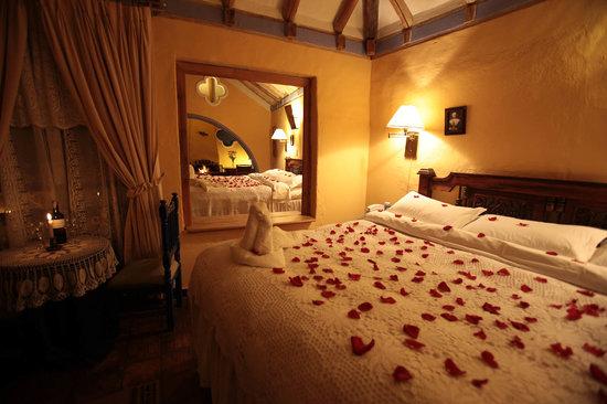 hotel la posada de san antonio: noche romantica