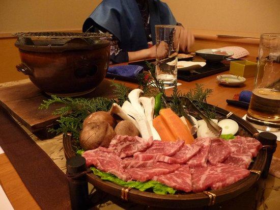 Narashinonosato Gyokusui:                   お肉もうれしいね