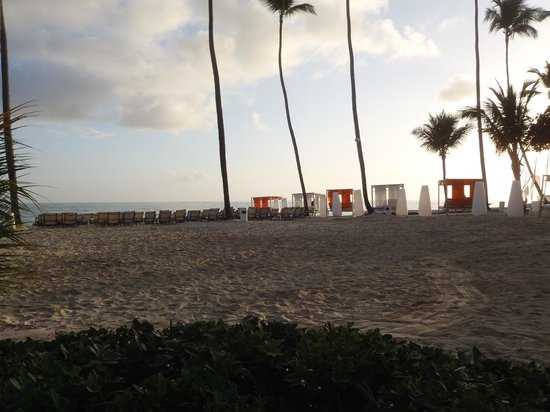 Paradisus Punta Cana:                   Early morning at the beach