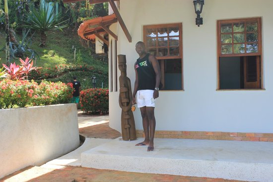 Hotel Pousada Natureza:                   Entrada del hotel
