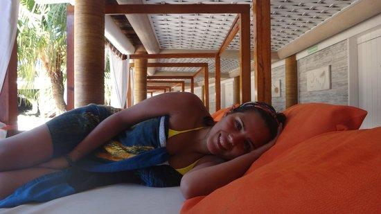 Perola Buzios Hotel: Descansado en la pileta