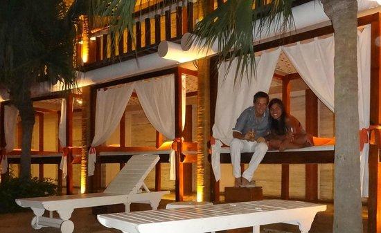 Perola Buzios Hotel: Bebiendo algo en la pileta