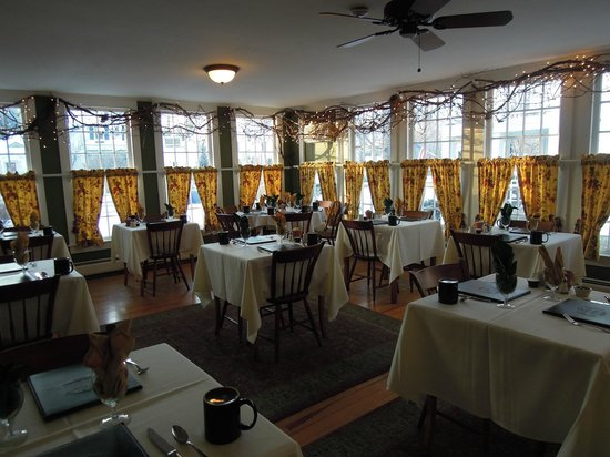The Dorset Inn: Breakfast Room