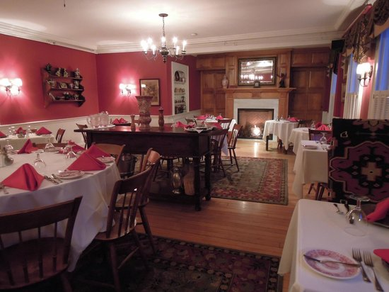 The Dorset Inn : Formal Dining Restaurant