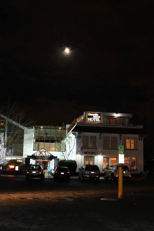 A full moon at the Granville Island Hotel