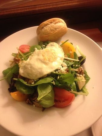 Fort Lauderdale Marriott North:                   bistro salad w/ fried egg, yum