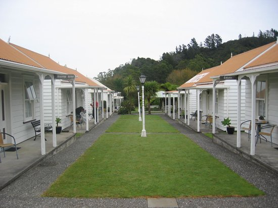 Coromandel Colonial Cottages Motel :                   View of Cottages