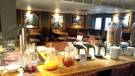 Premier Inn London Leicester Square Hotel:                   Buffet set up for breakfast.