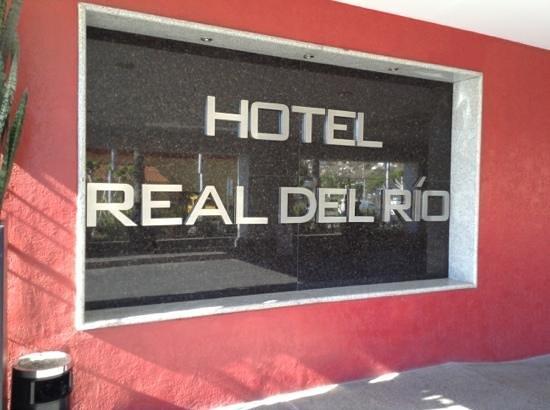 Hotel Real del Rio Tijuana:                   front window