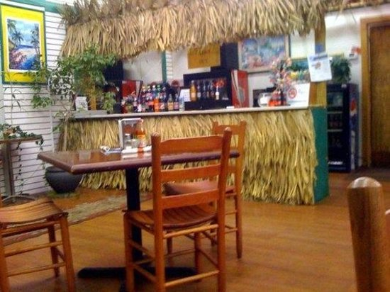 Island Breeze Grill:                   interior