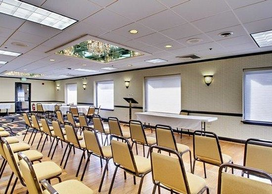 Comfort Inn Towson: Banquet Room
