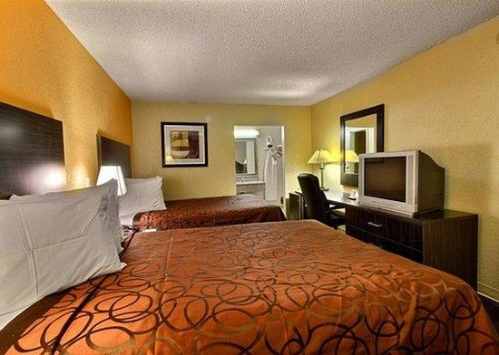 Econo Lodge International: Guest Room