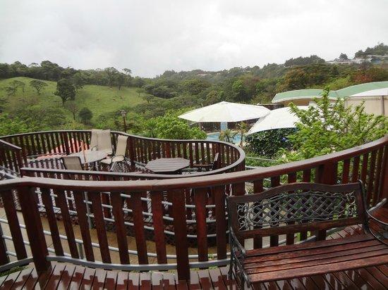 Hotel & Spa Poco a Poco:                                                       Vista hacia jacuzzi