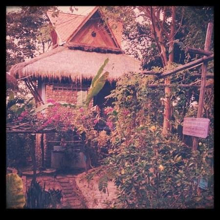 Le Bout du Monde - Khmer Lodge:                   just one of the beautiful abodes