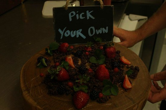 Makepeace Island:                                     Fresh berries in chocolate and macadamia nut 'mud'