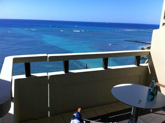 Sheraton Waikiki:                   4