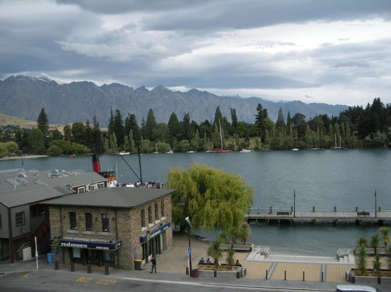Crowne Plaza Queenstown: Fantastic views from our balcony