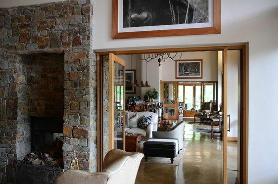 Karkloof Safari Spa:                   living room