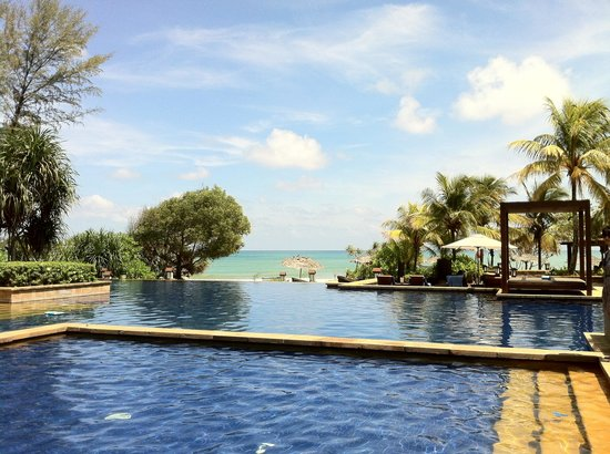 Tanjong Jara Resort:                                     adult and children pool