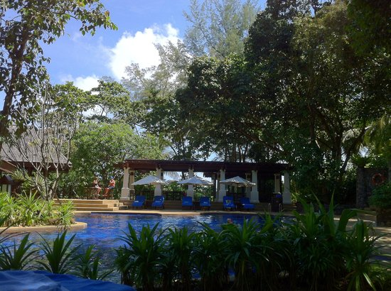 Tanjong Jara Resort:                                     teratai pool