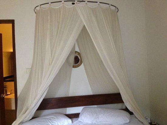 Putri Bali Villa:                                     Bedroom 2