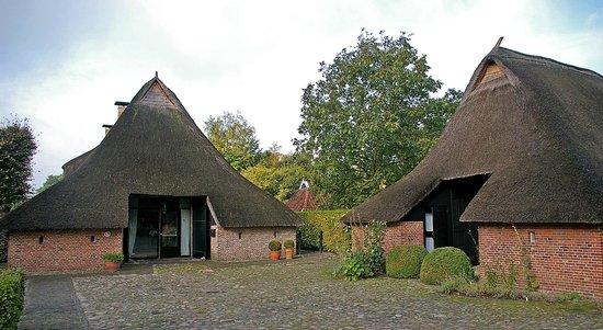 Erfgoedlogies de Eshof: Front entrance