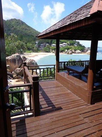 Coral Cove Chalet:                   voila la vue de la chambre 106 et ya des gens qui trouvent cet hotel mediocre