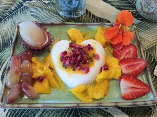 Honu Kai B&B:                   Breakfast course 1