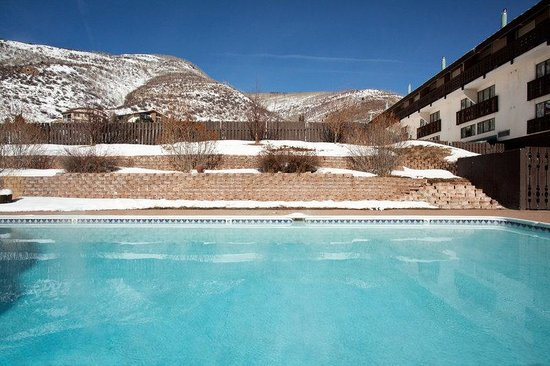 Holiday Inn Vail: Year Round Heated Swimming Pool
