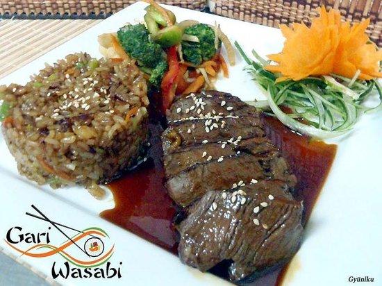 Gari and Wasabi Sushi and Japanesse Cuisine :                                     Gyunikü Main Course