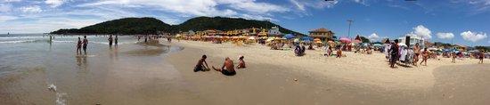 Praia da Barra da Lagoa, em Florianópolis