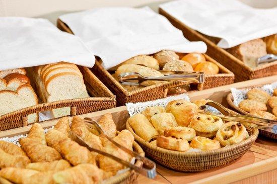 Ibis Gyor: Breakfast