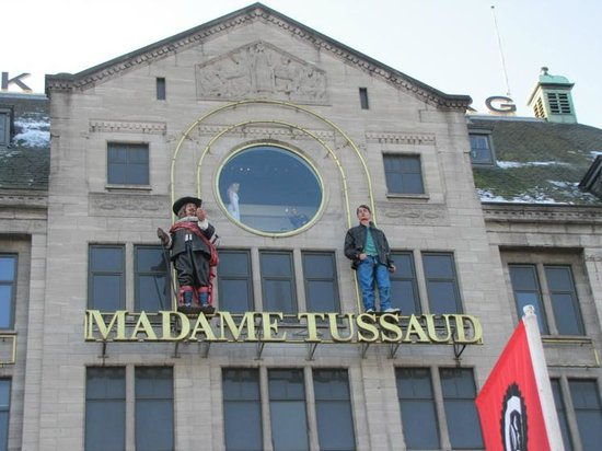 NH Collection Amsterdam Grand Hotel Krasnapolsky: Madame Tussauth museum, on Dam square, 2 minutes from the hotel