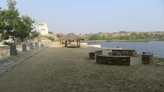 Pali, India:                   6