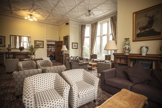 Wroxall Abbey Hotel & Estate: Garden Lounge