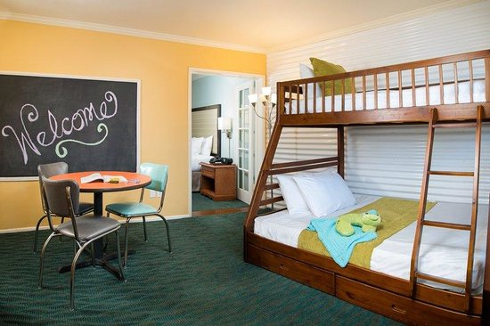 The Lafayette Hotel, Swim Club & Bungalows: Suzie Suite Bunk Beds