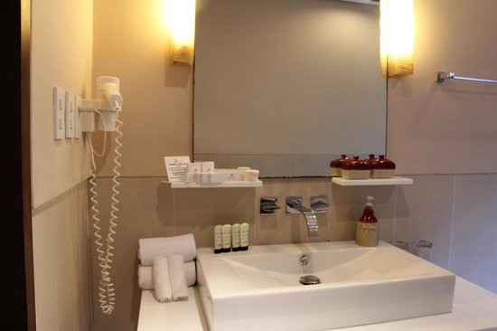 Amorita Resort:                   toiletries