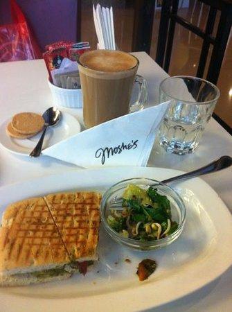 Cafe Moshe's : order