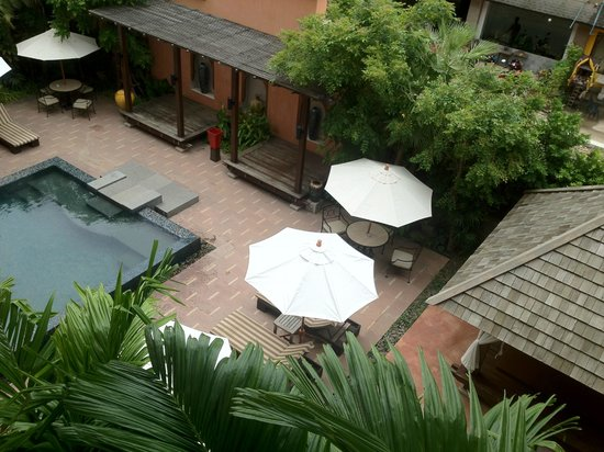 Mercure Samui Chaweng Tana Hotel:                                     pool