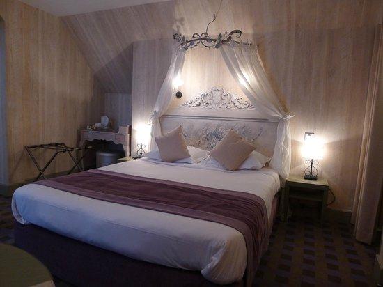 Hotel Residence Foch:                   Room