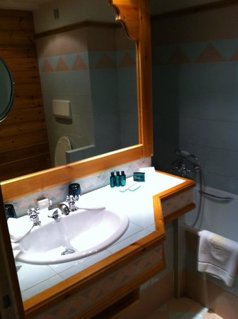 Hotel Le Grand Coeur & Spa : la salle de bains