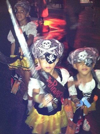 The Pirates League :                   :)