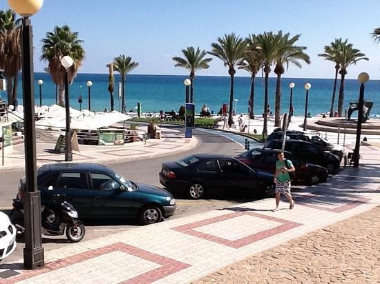 Albir Garden Resort:                   Strandpromenaden i Albir
