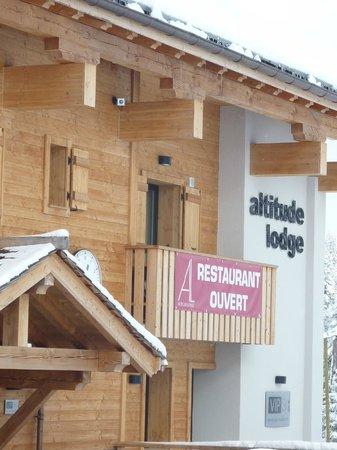 Altitude Lodge : Under the big clock
