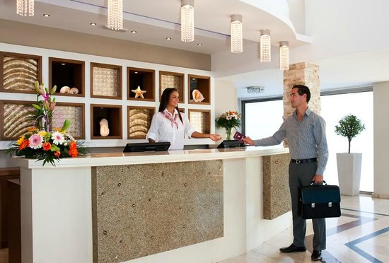 Asterias Beach Hotel: Reception