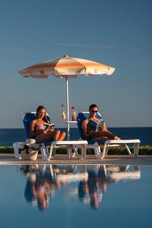 阿斯特拉斯灘飯店照片