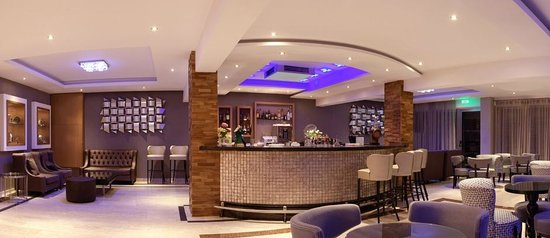 Asterias Beach Hotel: Main Bar
