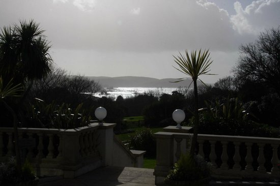 Thurlestone Hotel:                   January sunshine