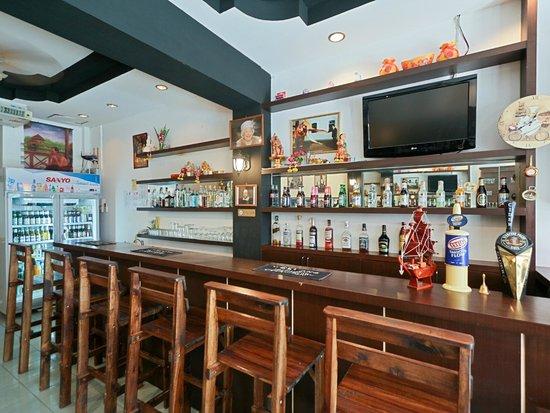 Stanley's Guesthouse : Pub