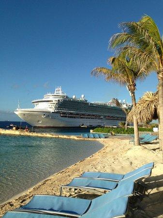 رينيسانس كوراكاو ريزورت آند كازينو: Renaissance Curacao Resort & Casino, Playa-Piscina